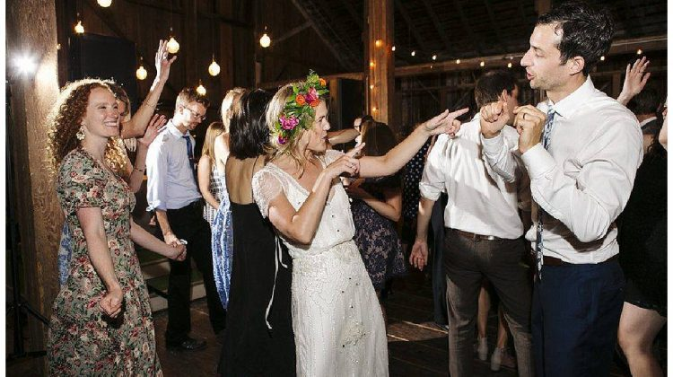 33 Questions to Ask Wedding DJs and Bands